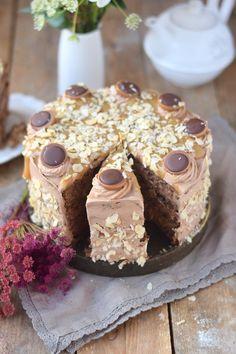 Karamell Nougat Haselnuss Toffifee Torte - Caramel Hazelnut Chocolate Cake (16)