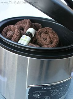 Having a spa night in? You can warm up a whole bunch of soothing and scented hot towels right in your slow cooker! day at home for kids slumber parties 31 Badass Ideas For A Grown-Up Slumber Party Spa Day Party, Girl Spa Party, Spa Birthday Parties, Pamper Party, 8th Birthday, Diy Party, Birthday Ideas, Paris Birthday, Birthday Celebrations