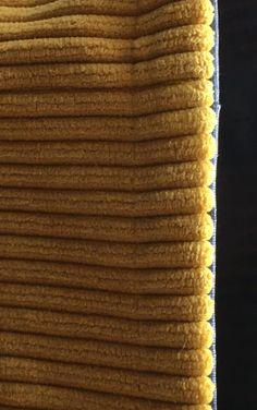 Grand sac fourre-tout décontracté en tissu velours. - Octavie à Paris Coin Couture, Diy And Crafts, Paris, Tote Bag, Deco, Detail, Crochet, Suzy, Chiffon