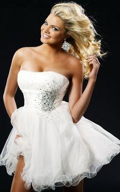 abd11daeb5 Fascinating A-line Strapless Short   Mini Organza Beading White Homecoming  Dresses