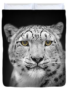 Those eyes! You have such a gift with these wildlife portraits linsey williams #snowleopard #notonthehighstreet #duvet via @lin_dies
