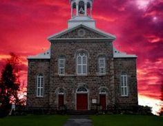 Les visites virtuelles de différents lieux de cultes Religion, Construction, Mansions, Teacher Stuff, House Styles, Montessori, Building, Travel, Film