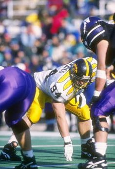 DL Jared DeVries (1995-98)