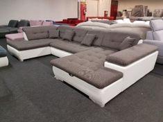 Style U-form ülőgarnitúra: rugós ülőfelületű, ágyazható ülőgarnitúra, nagy méretű, felnyíló ágyneműtartóval, 5 db állítható dőlésszögű fejtámlával, díszpárnákkal. RAKTÁRRÓL AZONNAL ELVIHETŐ TÖBB SZÍNBEN, JOBBOS ÉS BALOS KIVITELBEN! Sofa, Couch, Furniture, Home Decor, Settee, Settee, Decoration Home, Room Decor, Sofas