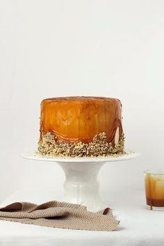 Tort de ciocolata cu crema caramel   Pasiune pentru bucatarie