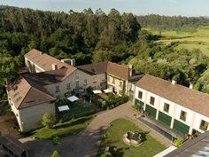Alojamientos para enamorarse de Galicia - Hoteles Jacuzzi, Aqua, Unique Architecture, Luxury Spa, Rural Area, Hotel Spa, Aerial Photography, The Neighbourhood, Real Estate