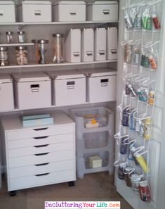 Easy Ideas for Organizing Craft Supplies - Craft Room Organizing Ideas Craft Room Storage, Craft Organization, Organizing Ideas, Craft Rooms, Organising, Closet Organization, Craft Cocktails, Hobby Room, Sewing Rooms