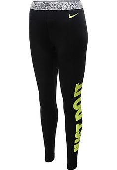 The @nikewomen  Pro Hyperwarm Mezzo compression tights are made with stretch Dri-FIT fabric and a brushed interior to battle sweat and help keep the cold at bay And they're cute! #GiftOfSport