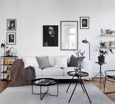 10 Best Minimalist Living Room Designs That Make You Be at Home. To produce a minimalist living space, here are some things you require to do:. Minimalist Living Room home. Be sure to check out this helpful article. Scandinavian Design Living Room, Minimalism Interior, Room Inspiration, House Interior, Living Room Scandinavian, Minimalist Living Room Decor, Minimal Interior Design, Minimalist Living Room Design, Room Interior