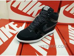 Jordan 4, Jordan Shoes, Sky High, Baskets, Nike Tn, France, Nike Air Huarache, Foot Locker, Nike Dunks