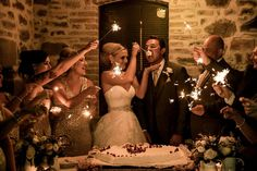 ....And at the end of the dinner??? The wedding cake with sparkles!!