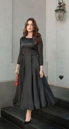 Stylish Dresses For Girls, Girls Dresses, Dark Red Dresses, Aiman Khan, Pakistani Dresses Casual, Frocks, Dress Patterns, Designer Dresses, Long Frock