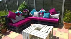 Outside Sofa/Bed & Crate Table Lounges & Garden Sets Sofas