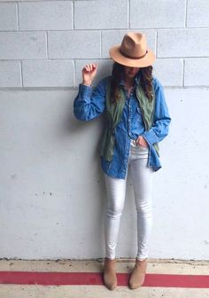 Pairing my favorite liquid denim pants with my chambray top and army green vest. Casual and cute for the win on the Monday! Elizabeth Elias, Khaki Vest, Army Green Vest, Boho Fashion, Autumn Fashion, Utility Vest, Look Good Feel Good, Chambray Top, Jean Shirts