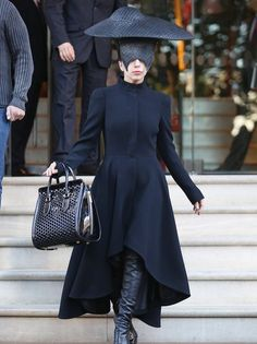 Lady Gaga echoes a mourner in a black coat and towering black hat out in London. Roseland Ballroom, Red Carpet Fashion, Lady Gaga, Good Music, Cool Style, The Past, Fashion Looks, Singer, Actresses