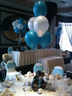 Teddy bear centerpieces with helium balloon table bouquet 2.