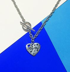 #mixxmix Engraved Heart Pendant Necklace (BWKG) Have a personal piece worn daily like this necklace and its engraved heart pendant. #mxm #hideandseek #has #365basic #bauhaus #99bunny#koreanfashionstyle #girlsfashion #lovelywoman #kstyle #koreangirls #streetfashion #twinlook #dailyoutfit #styling