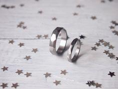 Обручальные кольца из титана в магазине «Mikhail Rynkov» на Ламбада-маркете