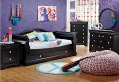 Shop for a Oberon Black 6 Pc Daybed Bedroom at Rooms To Go Kids. Find that will look great in your home and complement the rest of your furniture. Bedroom Furniture Stores, Kids Room Furniture, Bedroom Sets, Kids Bedroom, Rooms To Go Kids, Daybed Bedding, My Room, Baby Kids, Toddler Bed