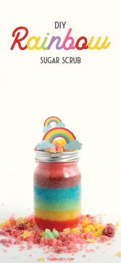 DIY Rainbow Sugar Scrub With Free Printable Rainbow Label Sugar Scrub Homemade, Sugar Scrub Recipe, Lemon Body Scrubs, Lavender Sugar Scrub, Make Your Own Makeup, Berry Lips, Diy Scrub, How To Make Homemade, Skin So Soft