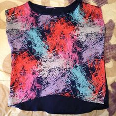 High-low Cropped Watercolor Top GORGEOUS watercolor pattern top, flowy, high-low style. Perfect for late summer & fall, sexy with shorts or jeans! Gently worn, great condition! Sale Tops