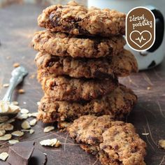 pTake our slightly cleaner traditional Anzac biscuit recipe & add in your favourite chocolate Ingredients 1 cup Flannerys Own Organic Rolled Oats cup Flannerys Own Gluten Free Plain Flour (or flour of choice) cup Flannerys Own Organic Desiccated …/p Whole Food Recipes, Cookie Recipes, Snack Recipes, Snacks, Boost Milk Supply, Anzac Biscuits, Cafe Food, Biscuit Recipe, Food Design