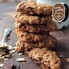 Doprajte si zdravé chrumkanie v práci ku káve alebo ako ideálnu desiatu pre vašich najmenších v podobe zdravých cookies.   Ako na to sledujte tu: http://bit.ly/zdrave_cookies