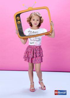 Kids Collection 2015 | Children's day | prints | estampas| t-shirt | saia pink estampada | babados |skirt | rasteirinha | girls sandals | tiara