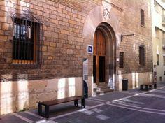Albergue de peregrinos Jesús y María, #Pamplona #Navarra #CaminodeSantiago
