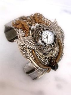 this a useful bracelate