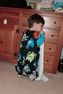 Additional Jesus: Tutorial: How to make a toddler sleeper sack with foot holes - 2 sizes!