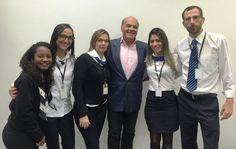 O empresário e apresentador do programa Mega Senha da RedeTV! Marcelo de Carvalho Fragali foi ao Poupatempo Osasco renovar sua CNH.