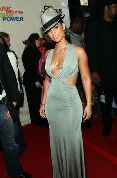 Alicia Keys' Style Evolution