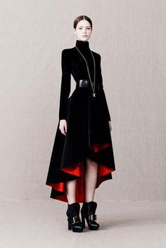 Fabulous Black coat + red lining - Alexander McQueen PF '13