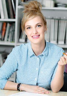 Журнал Elle - наш проводник в мир красоты и модных трендов запускает проект о матовой помаде Avon! Узнай больше по ссылке www.avon.elle.ru