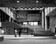 Kallmann McKinnell & Knowles - Boston City Hall