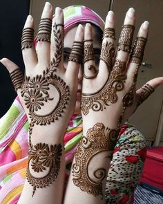Mehndi Design Girls which is for especially for the younger girls and for this Festive Season and for also the wedding season. These are the best Mehndi Design Girls. Mehndi is an important part of our Culture. Henna Hand Designs, Mehndi Designs Finger, Latest Arabic Mehndi Designs, Legs Mehndi Design, Mehndi Design Pictures, Mehndi Designs For Beginners, Mehndi Designs For Girls, Unique Mehndi Designs, Mehndi Designs For Fingers