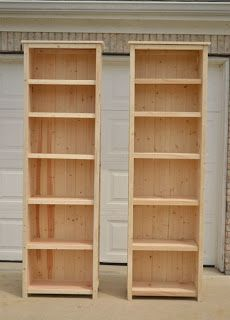 Narrow Book Or Media Stands Made From Pallets ----  #pallets   #palletprojects