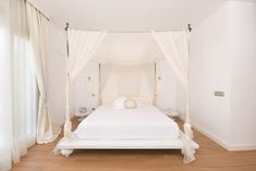 Pin by luciver sanom on bedroom interior design | Pinterest ...