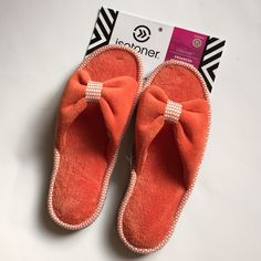SALENWT Isotoner Slipper Shoes NWT So soft and comfy. Size 9.5-10. Thick and strong bottom so great to wear to get mail etc. Isotoner Shoes Slippers