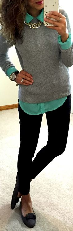 Blusa verde y chompa ploma