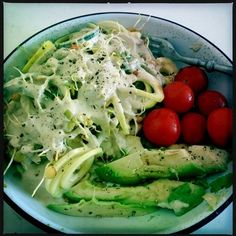 Eating more raw with a little help from a spiraliser and Mimi Kirks Cheezey Cheese Sauce...