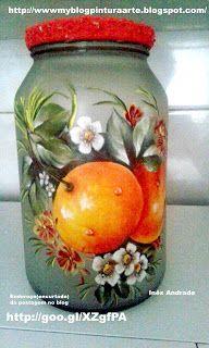 Bottles And Jars, Glass Bottles, Mason Jars, Jar Art, Decoupage Vintage, Altered Bottles, Decorated Jars, Bottle Art, Altered Art
