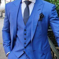 Tendências na moda masculina. Faça uma pré venda garantindo sua peça difernciada nas lojas Decinelli. Televendas Whatsapp (11) 98396-8235 #modamasculina #ternos #gravatas #estilo #fashion #mensfashion #bomretiro #tie #ternos #euusodecinel #instastyle #luxo #sobmedida #style #suit #suits