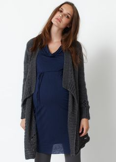 """How could this """"Queen Mum"""" knit cardigan not be perfect for winter?"""