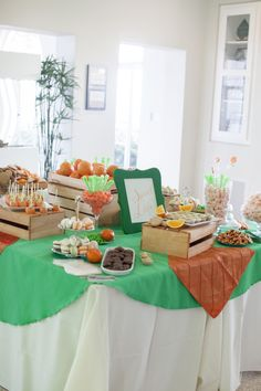 Orange-themed sweets table / photo by capturedbyjen.com