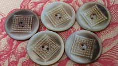 Ensemble de 5 boutons de couture Medium Shell Grey - ensemble de - nacre boutons - design sculpté - gris