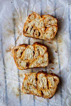 beer, mustard + cheddar bread - (make it gf) Bread Recipes, Baking Recipes, Cake Recipes, Savoury Baking, Bread Baking, Bread Bun, Beer Bread, Muffins, Babka Recipe