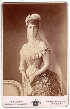 Alix of Wales (later queen alexandra of england). Alix of Wales (later queen alexandra of england). Princess Alexandra Of Denmark, Princess Of Wales, Princess Victoria, Queen Victoria, Old Photos, Vintage Photos, Antique Pictures, Queen Of Everything, Casa Real