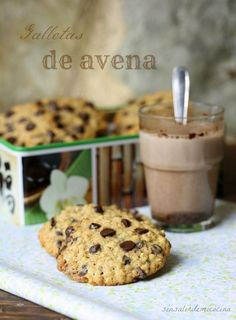 Discover our quick and easy recipe for Thermomix Financier on Current Cooking! Oatmeal Chocolate Chip Cookie Recipe, Chocolate Chip Bars, Chocolate Cookies, Oats Recipes, Sweet Recipes, Cookie Recipes, Healthy Sweet Treats, Bread Machine Recipes, Cupcake Cookies